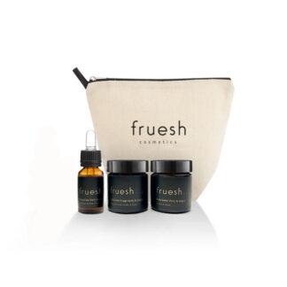 Travel Set ICON vanilj och timjan med tre produkter och en necessär